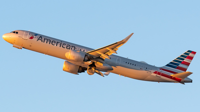 A picture of N400AN - Airbus A321253NX - American Airlines - © Ricky Teteris
