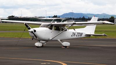 ZK-ZDM - Cessna 172S Skyhawk SP - L3 Airline Academy