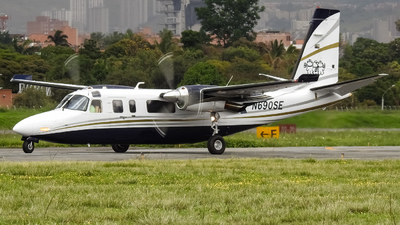 N690SE - Rockwell 690B Turbo Commander - Private