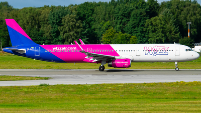 A picture of HALXV - Airbus A321231 - Wizz Air - © Finnographie