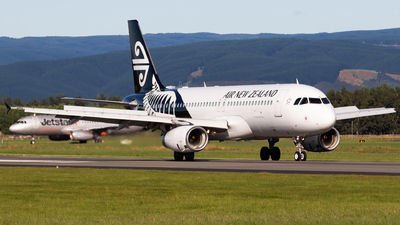 A picture of ZKOJS - Airbus A320232 - Air New Zealand - © Reuben Morison