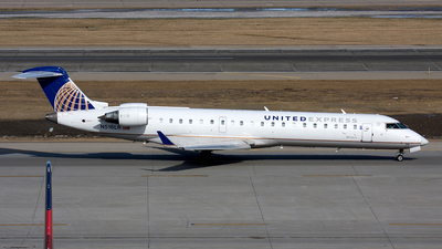 N516LR - Bombardier CRJ-701 - United Express (Mesa Airlines)