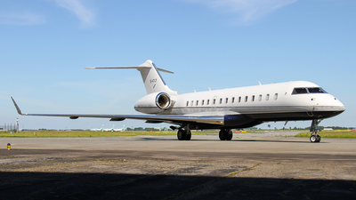 G-VTLY - Bombardier BD-700-1A10 Global 6000 - Gama Aviation