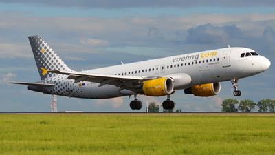 EC-KCU - Airbus A320-216 - Vueling Airlines