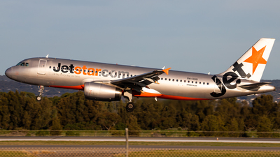 VH-VGO - Airbus A320-232 - Jetstar Airways