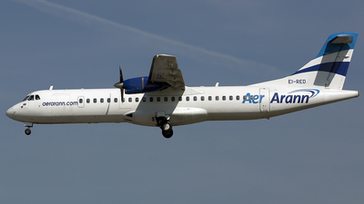 EI-RED - ATR 72-202 - Aer Arann