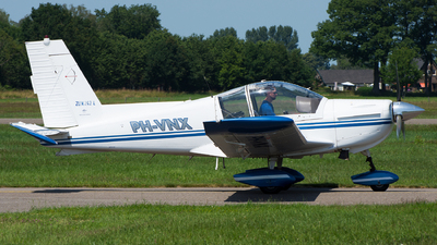 PH-VNX - Zlin Z-242L - Private