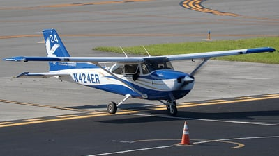 N424ER - Cessna 172S Skyhawk SP - Embry-Riddle Aeronautical University (ERAU)