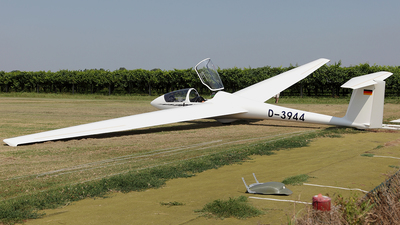 A picture of D3944 - Schleicher ASK21 - [] - © TOMBARELLI FEDERICO