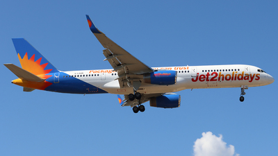 A picture of GLSAN - Boeing 7572K2 - Jet2 - © Joost Alexander