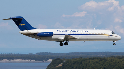 N932CE - McDonnell Douglas DC-9-33(F) - Everts Air Cargo