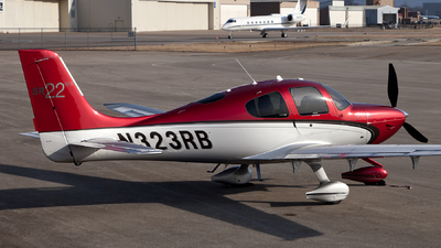 A picture of N323RB - Cirrus SR22 - [3906] - © steve