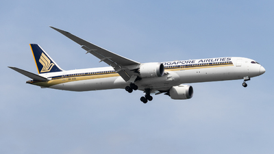 A picture of 9VSCD - Boeing 78710 Dreamliner - Singapore Airlines - © Theodore Chan