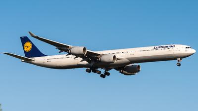 D-AIHY - Airbus A340-642X - Lufthansa