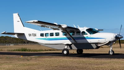 VH-TQW - Cessna 208B Grand Caravan - Private