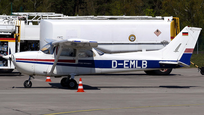 D-EMLB - Reims-Cessna F172N Skyhawk II - Private