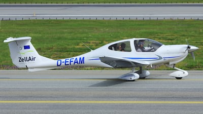 D-EFAM - Diamond DA-40 Diamond Star - Private