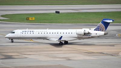 N507MJ - Bombardier CRJ-701 - United Express (Mesa Airlines)
