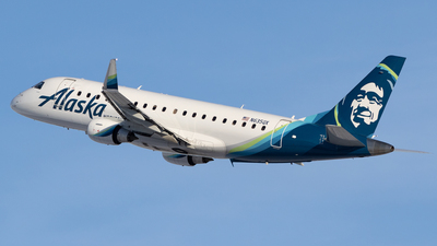 A picture of N635QX - Embraer E175LR - Alaska Airlines - © Mike MacKinnon
