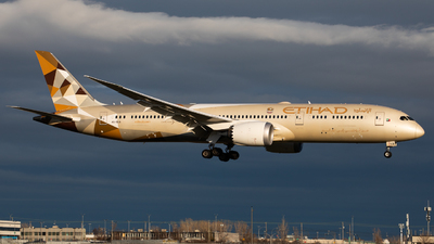 A6-BLQ - Boeing 787-9 Dreamliner - Etihad Airways