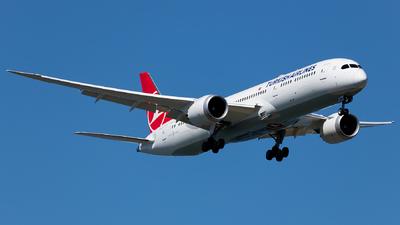 A picture of TCLLH - Boeing 7879 Dreamliner - Turkish Airlines - © Ömür Sadikoglu