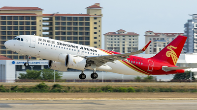A picture of B30CU - Airbus A320271N - Shenzhen Airlines - © ChenRT