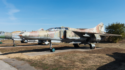 91 - Mikoyan-Gurevich MiG-23 Flogger - Ukraine - Air Force