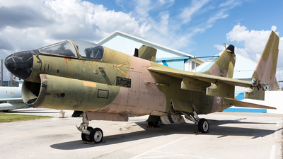 15508 - LTV A-7P Corsair II - Portugal - Air Force