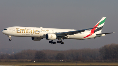 A picture of A6END - Boeing 77731H(ER) - Emirates - © Peter Tolnai