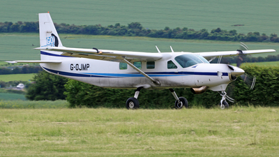 G-OJMP - Cessna 208B Grand Caravan - Private