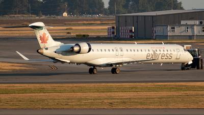 A picture of CFUJZ - Mitsubishi CRJ900LR - Air Canada - © Michal Mendyk