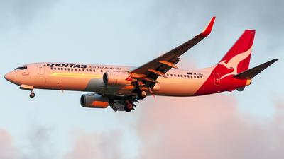 ZK-ZQA - Boeing 737-838 - Qantas (Jetconnect)