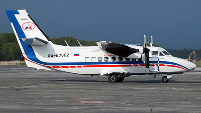 RA-67662 - Let L-410UVP Turbolet - Petropavlovsk-Kamchatskoe Aviation Enterprise