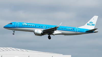 A picture of PHEZT - Embraer E190STD - KLM - © Giorgio F Coteanu