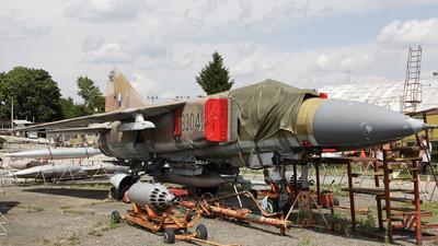 3304 - Mikoyan-Gurevich MiG-23ML Flogger G - Czech Republic - Air Force
