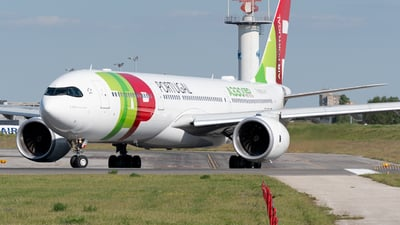 A picture of CSTUB - Airbus A330941 - TAP Air Portugal - © Miguel Viana Trajano