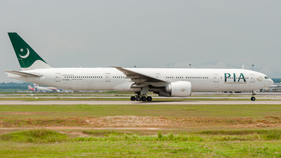 AP-BMS - Boeing 777-3Q8ER - Pakistan International Airlines (PIA)
