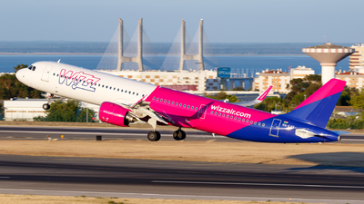 A picture of HALVS - Airbus A321271NX - Wizz Air - © Matteo Lamberts