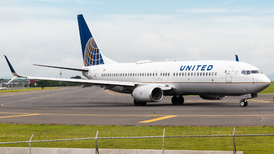 A picture of N78511 - Boeing 737824 - United Airlines - © Alfredo La Red