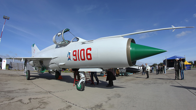 9106 - Mikoyan-Gurevich MiG-21MF Fishbed J - Poland - Air Force