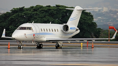 N605ZH - Bombardier CL-600-2B16 Challenger 605 - Private