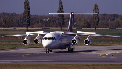 TC-THD - British Aerospace Avro RJ100 - Turkish Airlines