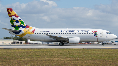 VP-CKW - Boeing 737-36E - Cayman Airways