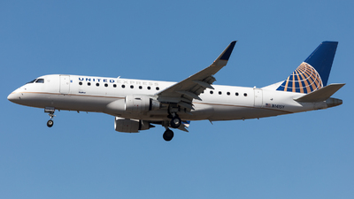 A picture of N141SY - Embraer E175LR - United Airlines - © Sierra Aviation Photography