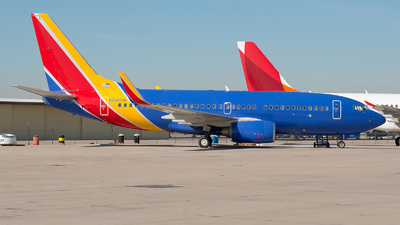 A picture of N708SW - Boeing 7377H4 - [27842] - © Ricardo de Vries