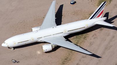 OE-IFS - Boeing 777-228(ER) - Untitled