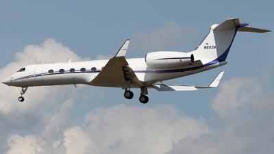 N883A - Gulfstream G550 - Private