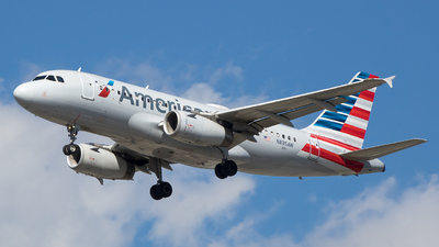 N835AW - Airbus A319-132 - American Airlines