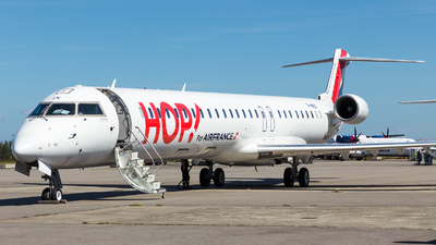 F-HMLK - Bombardier CRJ-1000 - HOP! for Air France