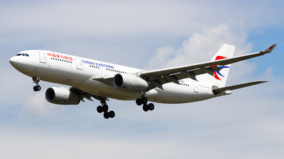 A picture of B8226 - Airbus A330243 - China Eastern Airlines - © PPengpeng